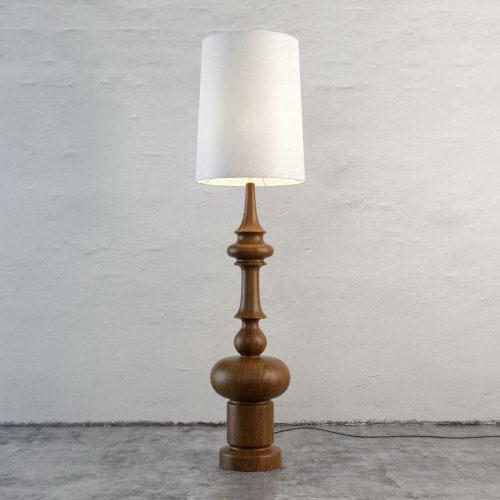 Figured Leg Floor Lamp 3D Model - C4D Download